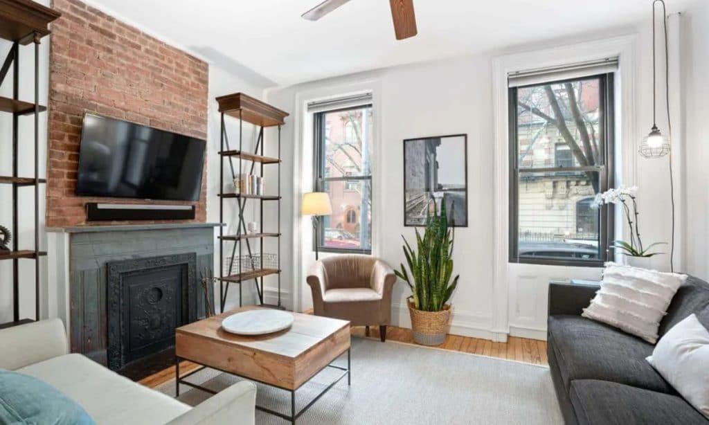 real estate los angeles vs new york