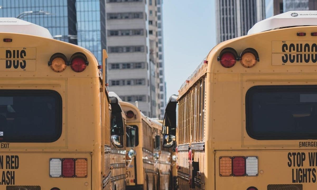 how to find a house next to good schools in chicago