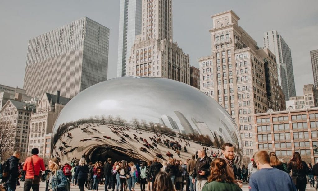 what is the story behind cloud gate the bean