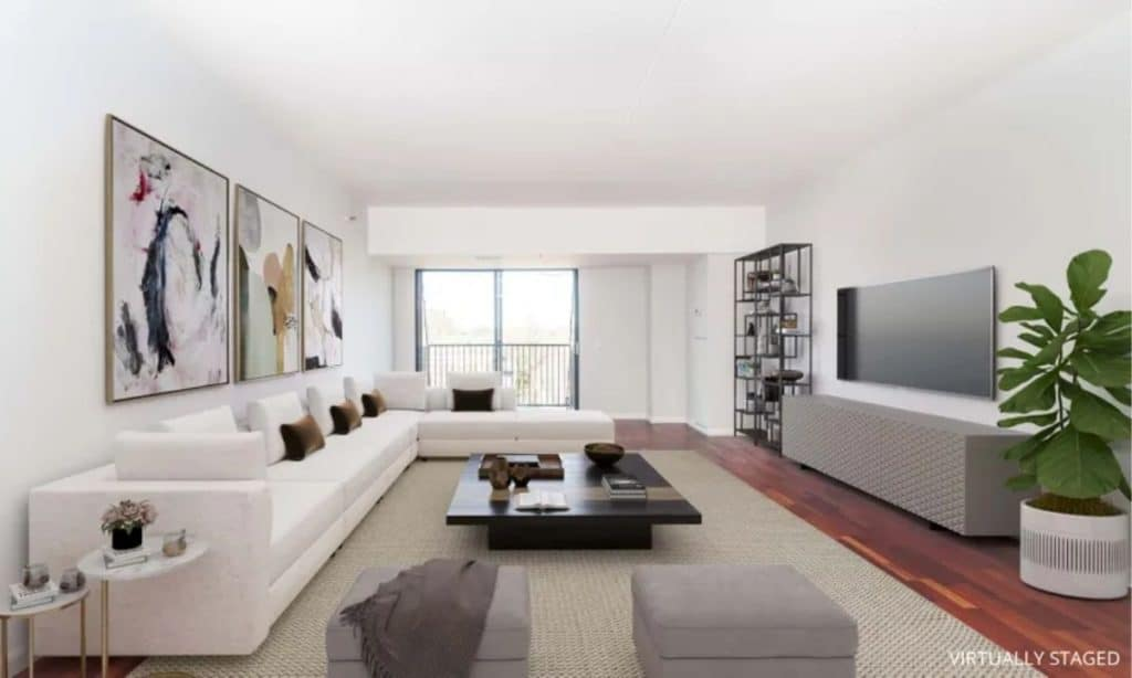 what is better renting or buying in chicago