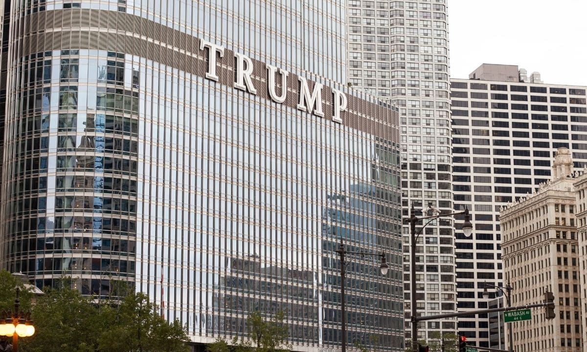 trump tower and hotel in chicago